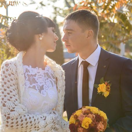 Wedding photographer Marina Savina (marinalsa). Photo of 22.11.2016