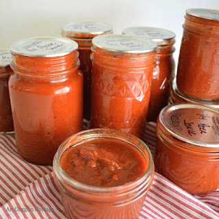 Home Canned Pizza Sauce {from Fresh or Frozen Tomatoes}.