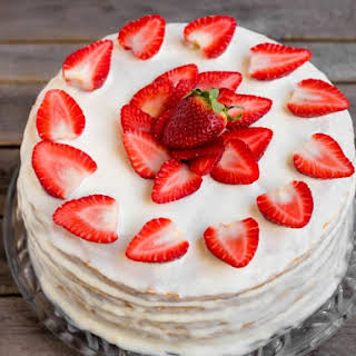 Quick And Easy Egg White Frosting.