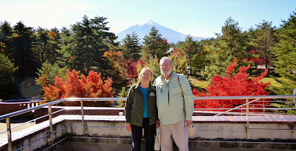 Photo: Best photo of us (Mount Fuji & foliage), Hakone