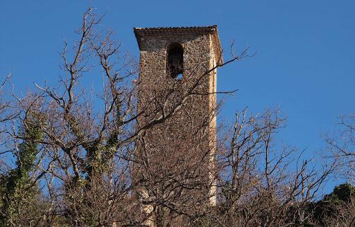le-vieux-village-de-piegon-dans-les-baronnies-pres-de-lescleriade