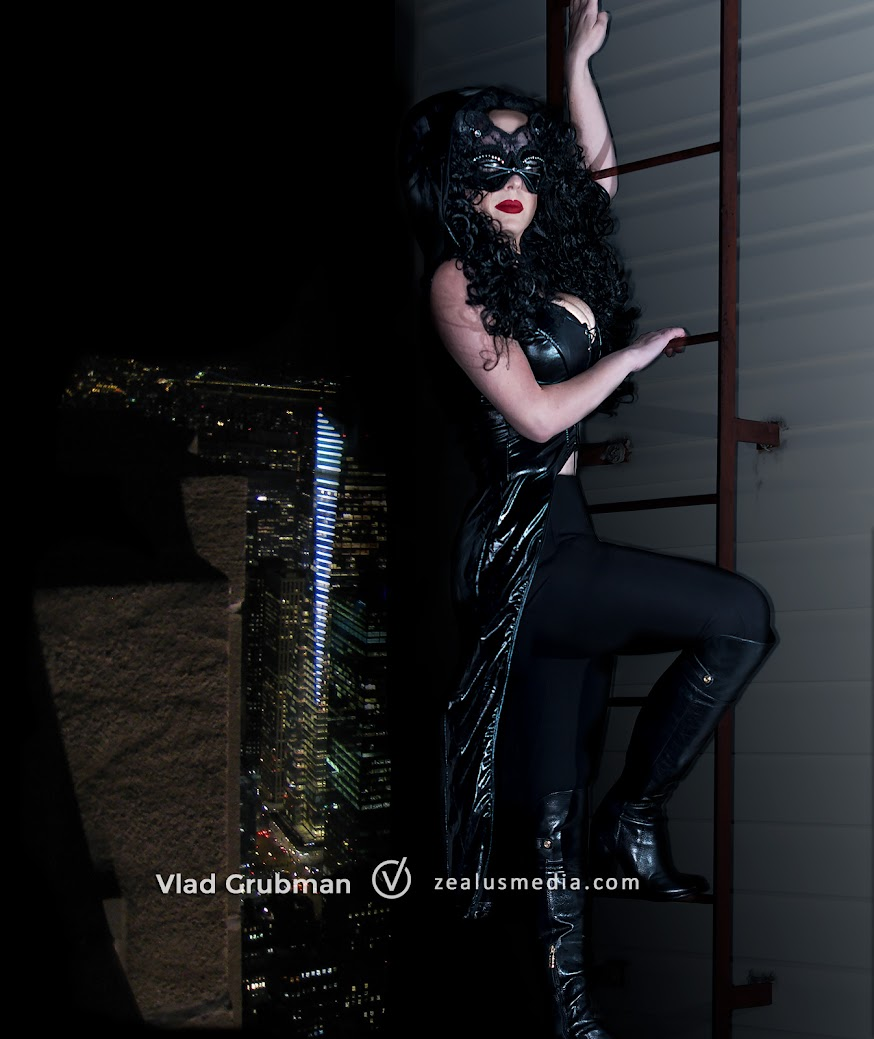 Catwoman Cosplay - Photography by Vlad Grubman / ZealusMedia.com