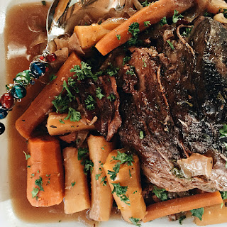 Crock Pot Roast Beef Dinner.