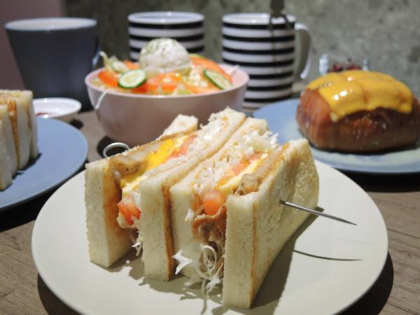 福來早餐-六張犁店 | 信義區六張犁早餐推薦,來一份外酥內軟的板烤土司和豐富配料組合而成的三明治當作一天的活力來源吧!