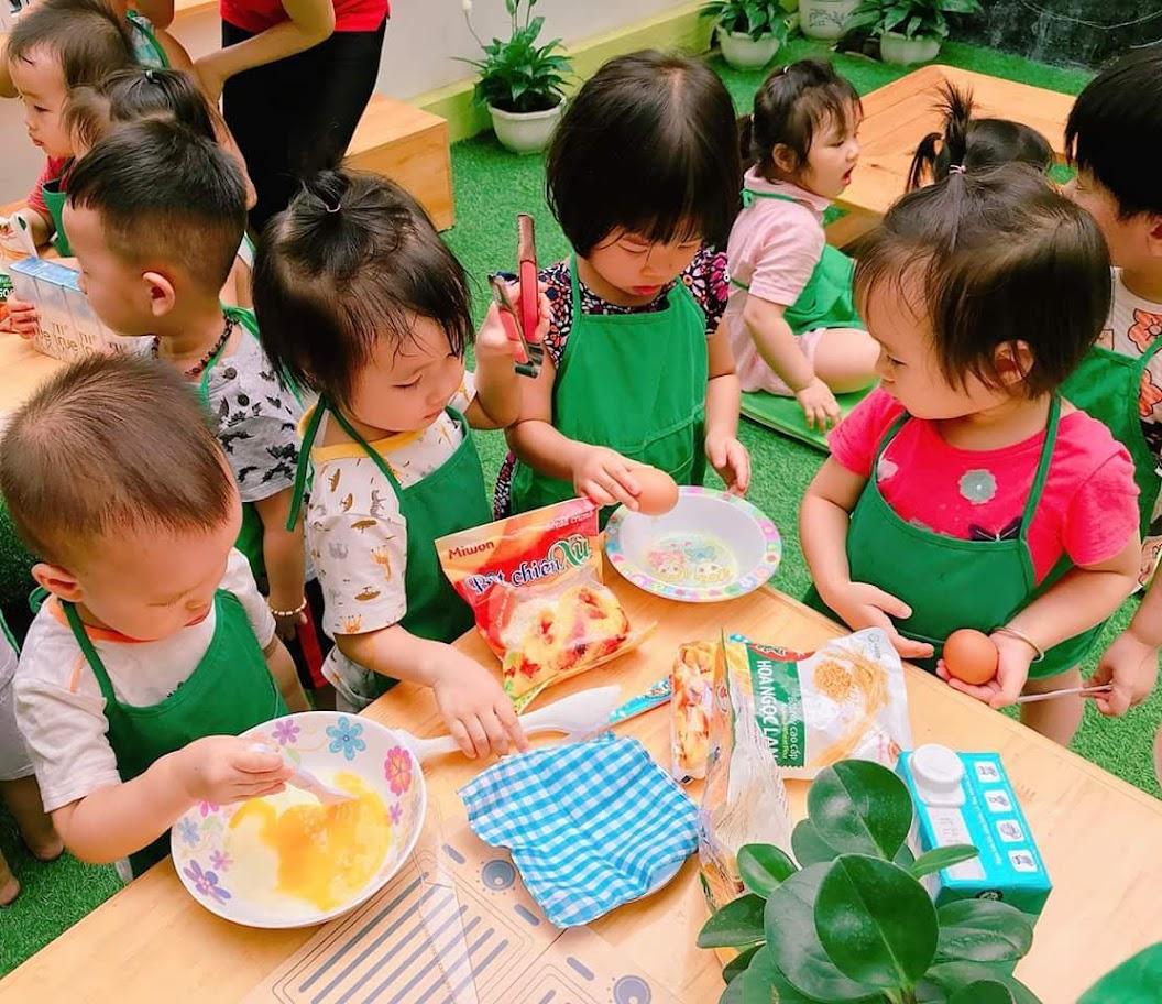 Xây dựng cơ chế giám sát chặt chẽ giữa hội đồng trường, thanh tra nhân dân và giám sát cộng đồng (hội cha mẹ                   học sinh) đối với các khoản đóng góp thỏa thuận                              và tự nguyện trong nhà trường
