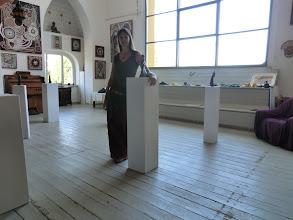 Photo: Doreen Wolff in ihrem Atelier im Künstlerhaus Loschwitz zum Elbhangfest