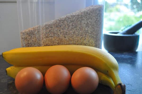 Gluten free, Banana, oat, egg, pikelets, Banana, oats & egg pikelets, New Zealand, Aotearoa, Kai, Hot Girls Cooking, New Zealand (NZ) Cooking, Cooking for real, 新西兰烹饪,配有照片的食谱教程