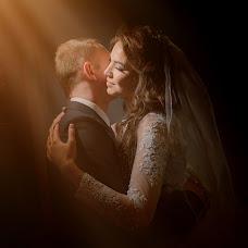 Wedding photographer Denis Volkov (tolimbo). Photo of 06.01.2018