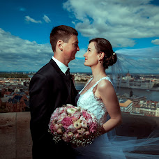 Wedding photographer Mihály Blaubacher (Misi). Photo of 08.06.2017
