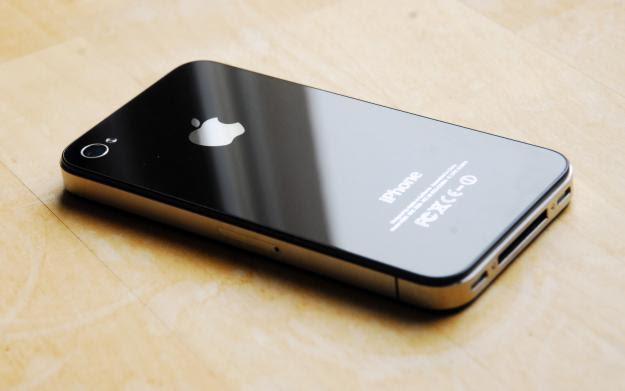 Thời gian sửa iPhone 4, 4s nhanh chóng, có thể chờ lấy máy ngay