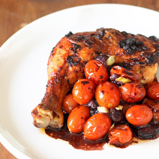 Spicy Chicken with Tomatoes and Blueberries
