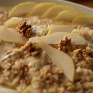 Risotto with Gorgonzola, pear and walnuts.