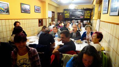 Photo: Cenando , todos muy contentos, Fin