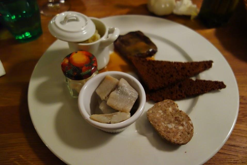 Uma seleção das iguarias culinárias da Islândia