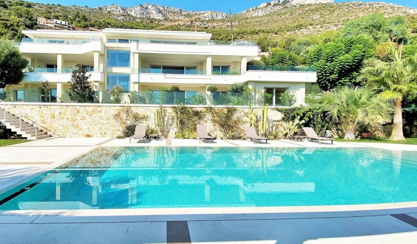 Villa with pool and terrace Cap-d'Ail