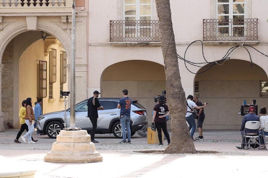 Secuencia del rodaje de la miniserie BuZa en la Plaza Vieja de Almería.