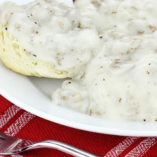 Black Pepper Cream Gravy