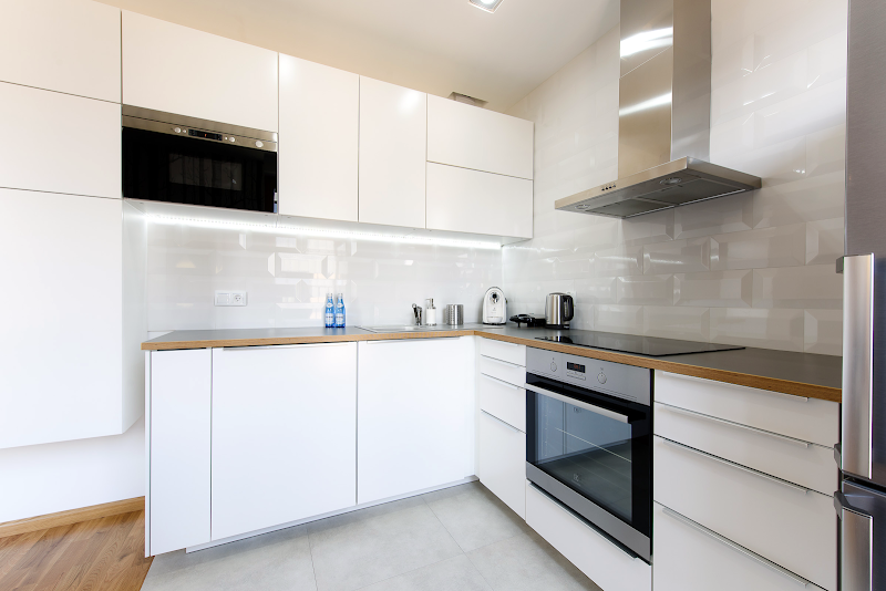 Fully equipped kitchen at Exclusive Apartment Hotel Krakow