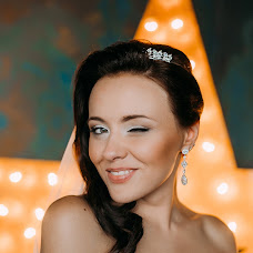 Wedding photographer Yuliya Semenenya (yapodsolnechnay). Photo of 16.02.2017
