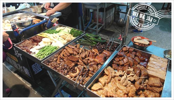 舟董鹹水雞-滿滿的食材
