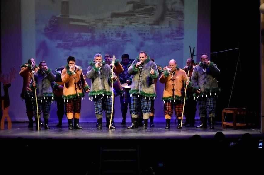 La chirigota de Serón \'Comando cubito\' abrió la segunda noche de Cuartos de Final.