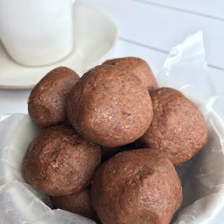 Gluten Free Gingerbread Cookie Dough Bites (8 Ingredients)