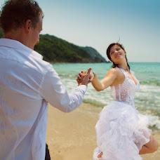 Wedding photographer Yuriy Sharov (Sharof). Photo of 03.07.2013