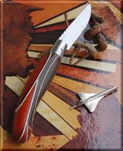Photo: Opinel custom n°031 http://opinel-passions-bois.blogspot.fr/ Personnalisations en marquèterie de bois précieux, cornes, résines et aluminium du couteau pliant de poche de la célèbre marque Savoyarde Opinel.