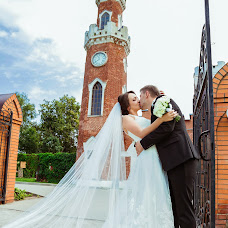 Wedding photographer Oksana Orlovskaya (oxana777m). Photo of 16.09.2015