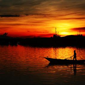 HAMPIR MALAM by Pras Manan - Transportation Boats
