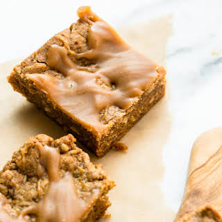Peanut Butter Oat Blondies with Peanut Butter Drizzle (Vegan and Gluten-Free).