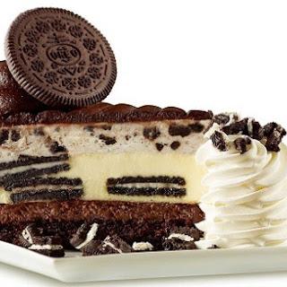 The Ultimate Oreo Cookies & Cream Fudge Cake Recipe