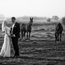 Wedding photographer Wojtek Hnat (wojtekhnat). Photo of 20.03.2018