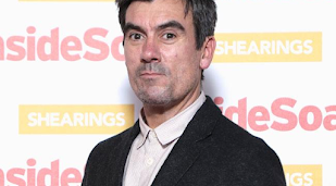 Emmerdale's Jeff Hordley gets in trouble for laughing on set