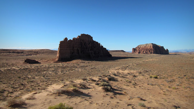 Little Gilson Butte (left) and Gilson Butte