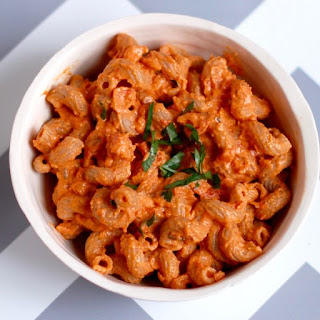 Quick and Easy Creamy Roasted Red Pepper Tomato Pasta.