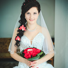 Wedding photographer Dina Melnikova (Dinka22). Photo of 05.04.2016