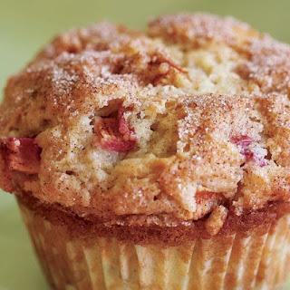 Cinnamon-Rhubarb Muffins.