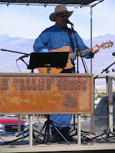 Photo: Richard Elloyan shares his music at Stovepipe Wells, CA.
