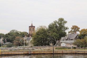 Photo: Ở những tièu bang thuộc New England, phía Đông Bắc nước Mỹ, có rất nhiều kiểu kiến trúc đẹp của nhà thờ.