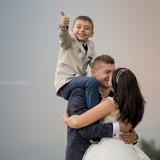 Wedding photographer Mocanu Cristian (grafixstudio). Photo of 29.09.2015
