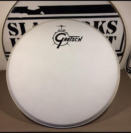 """20"""" Gretsch Frontskinn - Coated White Center Logo"""