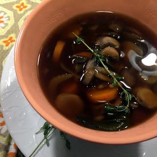 Instant Pot Barley Mushroom Soup