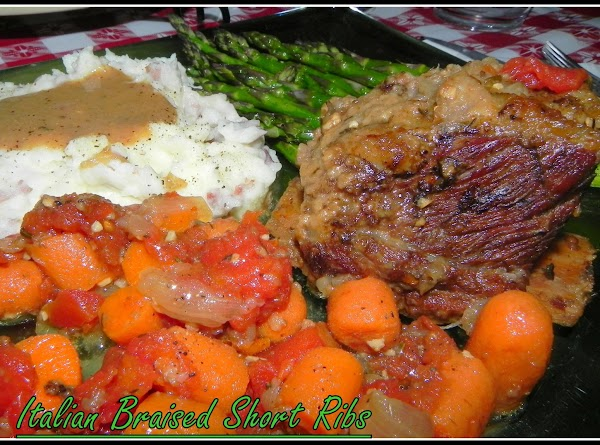 5-22-13---I served these beef short ribs with mashed potatoes, roasted asparagus and the veggies.