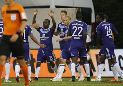 Defour acclamé au Fan Day d'Anderlecht, Okaka et Praet présents