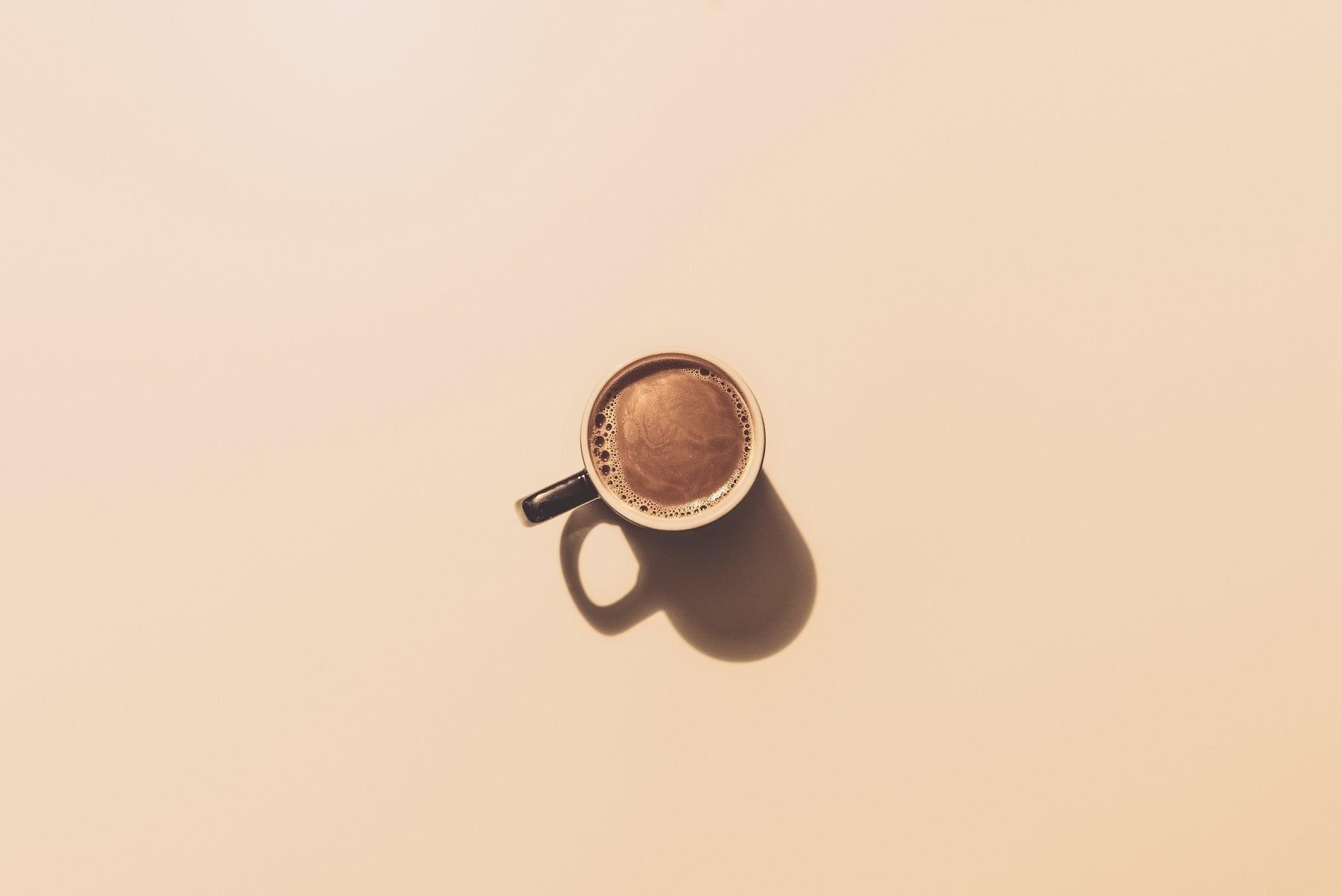 イン 断ち カフェ