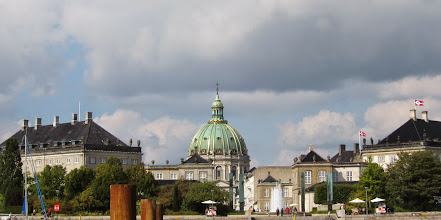 Photo: Amalienborg Palace and Marble church