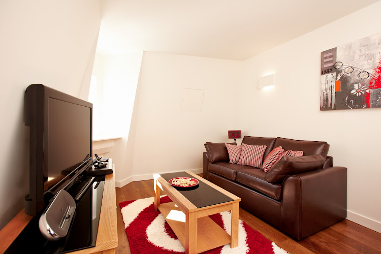 London City Apartments living room