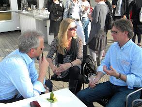 Photo: De bedrijven bespreken de teams: Meetings.nl samen met Total Office Solution.