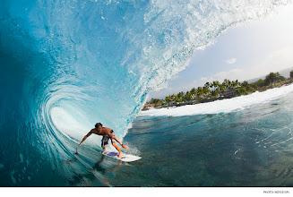 Photo: Torrey Meister, Hawaii. Photo: Noyle/SPL #surferphotos  #waterphotography